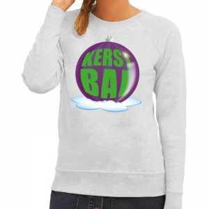 Foute kersttrui kerstbal paars op grijze sweater voor dames